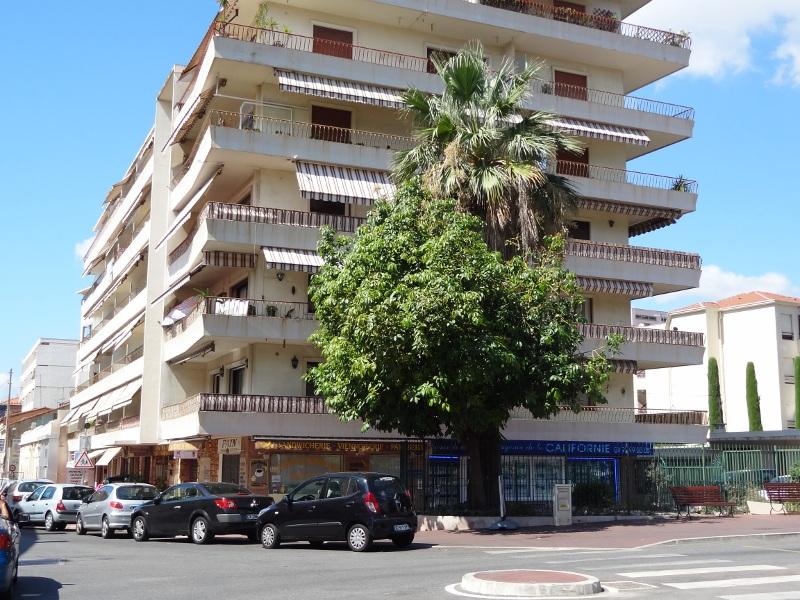 Cannes-extérieur-Le Lys